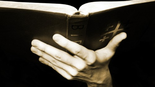 holding-the-bible-1498772-639x356
