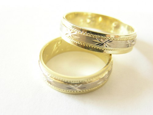 wedding-ring-1417592-640x480