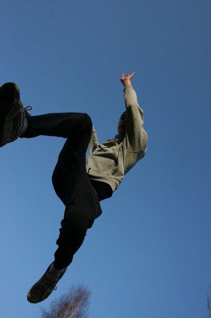 jumping-1433480-639x426